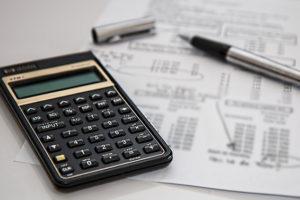 calculator-385506_640-blur